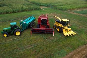 Кой спечели от субсидиите за купуване на земеделска техника