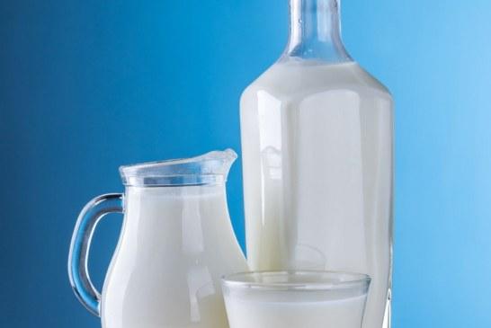 Защо млякото става все по-евтино от минералната вода