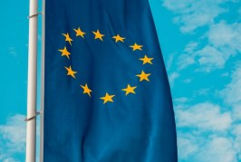 ЕС и САЩ се опитват да се надцакват с по-високи мита