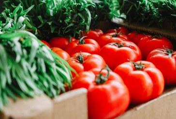 Стоварват полски домати по българските борси