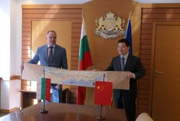 Китай ще купува тонове български шафранови луковици през следващите няколко години