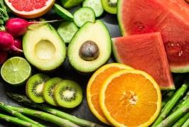 Кой храни са най-бедни на остатъци от пестициди
