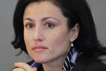 Какво каза министър Танева за глобите за къщите за гости