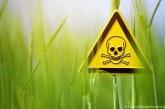 Обмисля се забрана на пестицидите по нивите през деня