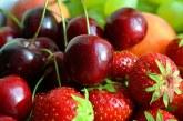 Скъпи вносни плодове заляха пазарите