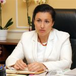 Министър Танева: Отпускаме 30 млн. лева за производители на плодове и зеленчуци
