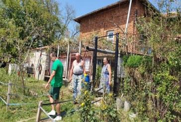 Над 130 пострадали от градушката домакинства в село Горно Пещене получиха зеленчуци от Община Враца