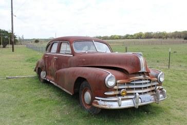Американски фермер събрал колекция от над 250 ретро автомобила