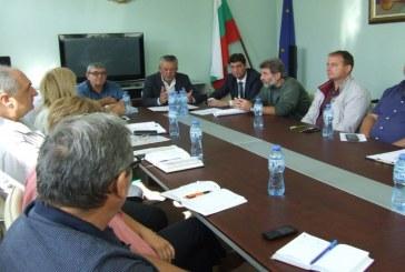 Забранява се ловът, сечта, брането на билки и гъби в инфектираната зона заради АЧС в Сливен