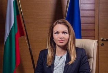 """Д-р Лозана Василева ще посети животновъдно стопанство в с. Петърница в рамките на кампанията """"Супер фермер"""""""
