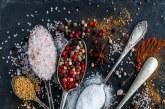 Как да използваме различните видове сол в кухнята